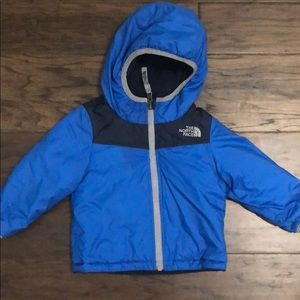 The North Face reversible winter coat. Sz 0-12 m